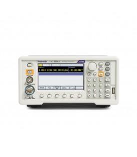 TSG4102A M00 - Generatore Vett. RF 2 GHz Alta Stabilità
