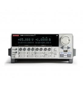 SMU, 2 canali,200 V,1.5 A DC,10 A Pulse
